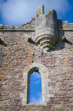 slottdoune scotland En medeltida fästning som byggs av hertigen av Albany, läget av filmen Monty Python och den heliga gralen arkivfoton