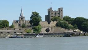 Slotten är i UK, och den har domkyrkor arkivfoton