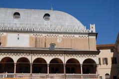 Slotten av anledning i mitten av Padua lokaliserade i Veneto (Italien) Arkivfoton