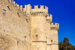 Slotten av den storslagna förlagen riddarna Rhodes, också som är bekant som Kastelloen, är en medeltida slott i staden Royaltyfri Bild
