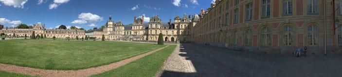 Slotten av Fontainebleau panorama, Frankrike Arkivfoto