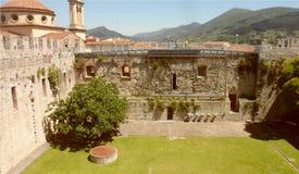 Slotten av kejsaren av Frederick II, Prato royaltyfri bild