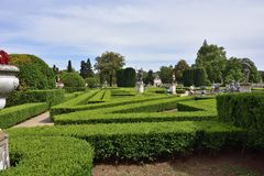 Slotten av Queluz är en lokaliserad för thårhundrade för portugis 18 slott Royaltyfri Bild