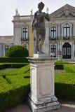 Slotten av Queluz är en lokaliserad för thårhundrade för portugis 18 slott Fotografering för Bildbyråer