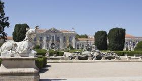 Slotten av Queluz i Portugal Royaltyfria Bilder