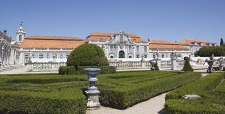 Slotten av Queluz i Portugal Royaltyfri Foto
