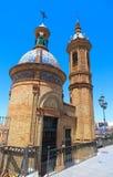Slotten av San Jorge var en medeltida f?stning som byggdes p? den v?stra banken av den Guadalquivir floden i staden av Seville arkivfoto