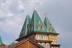 Slotten av tsar Alexey Mikhailovich i Kolomenskoye parkerar Fotografering för Bildbyråer