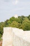 Slotten fördärvar och tornet Fotografering för Bildbyråer