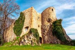 Slotten fördärvar Planina nad Sevnico arkivbild