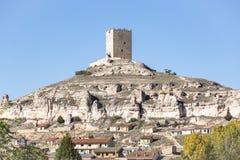 Slotten i den Langa de Duero staden arkivfoton
