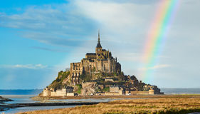 Slotten på ön av Mont Saint Michel royaltyfri foto