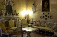 Slotten Pallotta i Caldarola, Italien Arkivbilder