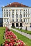 Slotten parkerar Nymphenburg Munich Arkivfoton