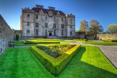 slottet arbeta i trädgården portumna Royaltyfria Foton