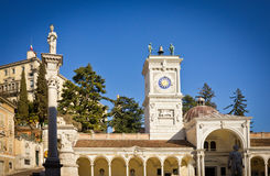 Udine slott i sommar Royaltyfria Bilder