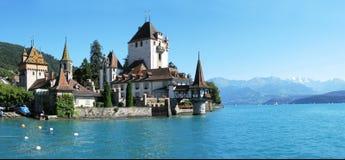 slottet oberhofen royaltyfri foto