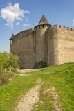 Slottfästning och väg Royaltyfri Fotografi