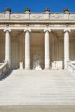 SlottGalliera yttersida, trappa och kolonnad i Paris Fotografering för Bildbyråer