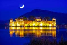 SlottJalen Mahal på natten Royaltyfri Foto