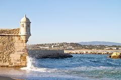 slottlagos medeltida hav portugal Arkivbilder