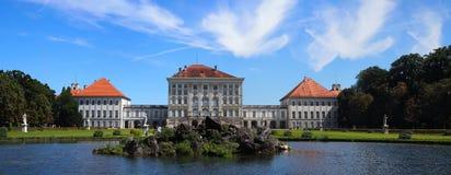 slottmunich nymphenburg fotografering för bildbyråer