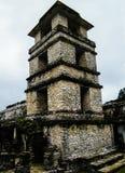 Slottobservationstornet - Palenque - Chiapas Arkivbild
