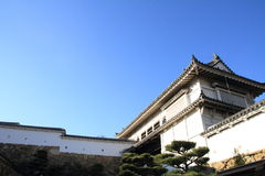 Slottport av den Himeji slotten i Himeji Arkivbild