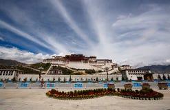 slottpotala tibet Arkivfoton