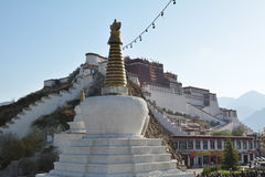 slottpotala tibet Arkivbilder