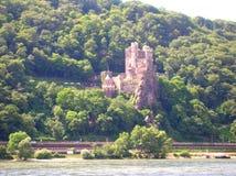 SlottRheinstein Tyskland, mellersta Rhendal royaltyfri foto