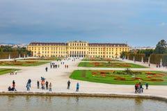 slottschonbrunn vienna Arkivbilder