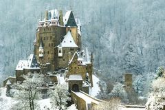 Slottsmåstad Eltz Arkivbild