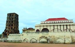 Slotttorn med museumöde Royaltyfria Bilder