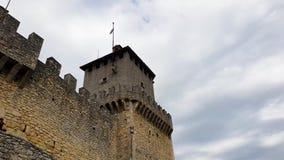 Slottvägg och torn stock video