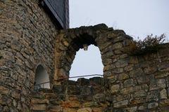 Slottväggar i saxonen Schweiz royaltyfria bilder