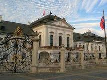 Slovakien Bratislava Grassalkovichi slott Arkivbilder