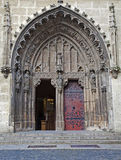 Slovakien - Hronsky Benadik - gotisk portal Arkivfoto