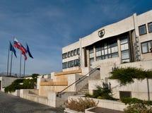 Slovakisk parlamentbyggnad i Bratislava Arkivbild