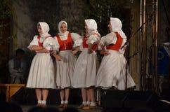 Slovakiska folkloredansare Terchova Arkivfoto