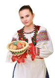 Slovakiskt målade easter för flicka innehav ägg Royaltyfria Foton