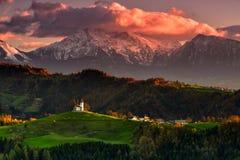 Slovenien härligt landskap, natur och höstplats royaltyfri bild