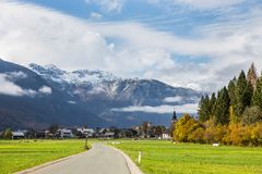 Slovenien - Stara Fuzina Triglav - landskap Royaltyfri Fotografi