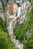 Slovensk vattenfall arkivfoton