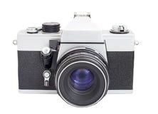 SLR kamera på format för film 35mm med linsen som isoleras på en vit bakgrund Arkivfoton