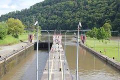 Sluisdeur op de rivier Neckar Royalty-vrije Stock Foto