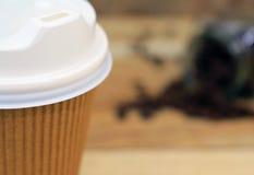 Sluit document omhoog kop van koffie Stock Foto's