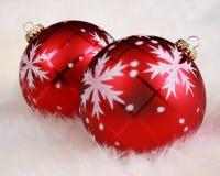 Sluit nadruk op de ornamenten van Kerstmis in bont royalty-vrije stock afbeeldingen