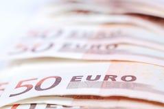 Sluit omhoog 50 eurorekeningen Royalty-vrije Stock Foto's