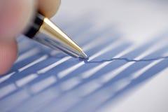 Sluit omhoog Analyse van financiële gegevens Bedrijfs achtergrond stock fotografie